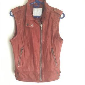 Vintage sleeveless leather vest jacket